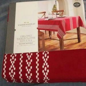 Threshold tablecloth target NWT decor burgundy